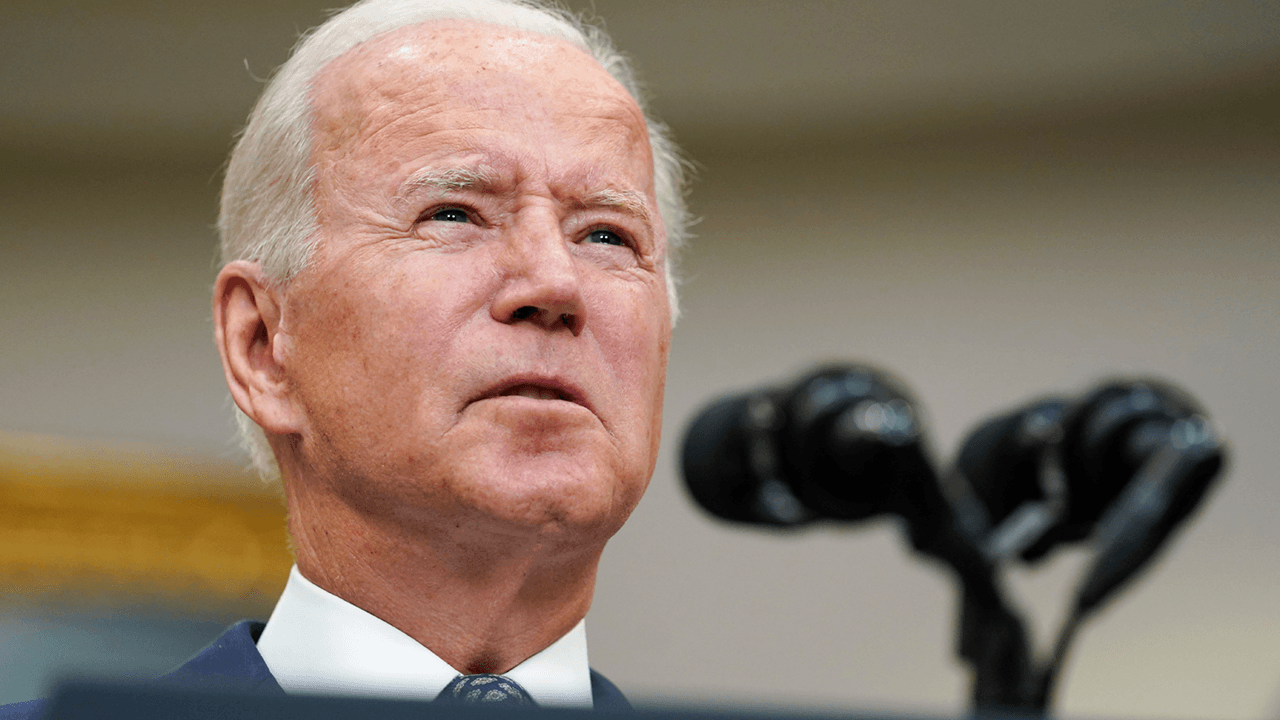 Biden heavily criticized for sticking to Aug. 31 Afghanistan withdrawal deadline, under threat from Taliban