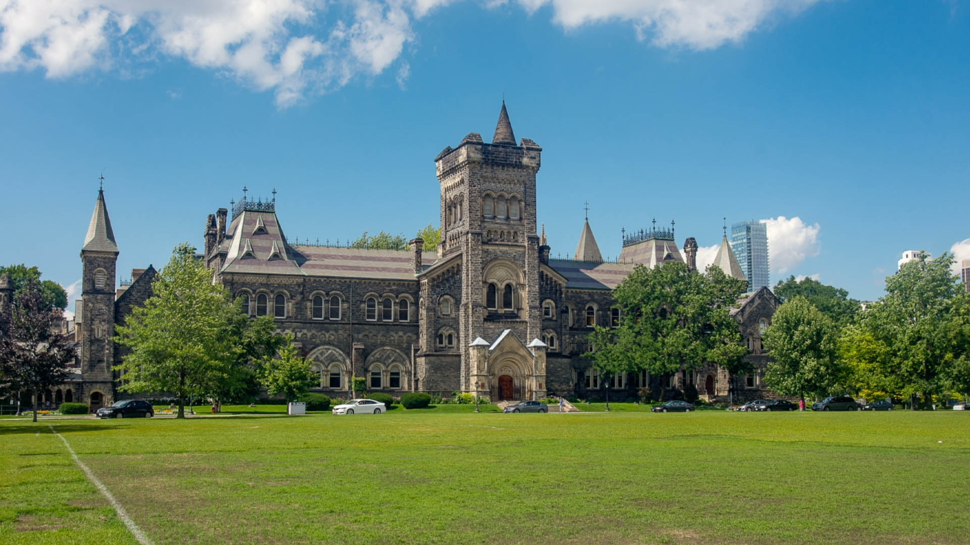 EXCLUSIVE: University of Toronto students take a stand against campus vaccine mandates