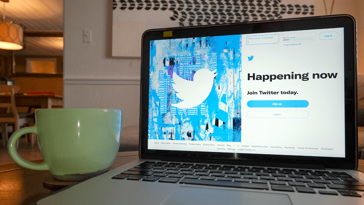 Twitter will soon let you archive your tweets