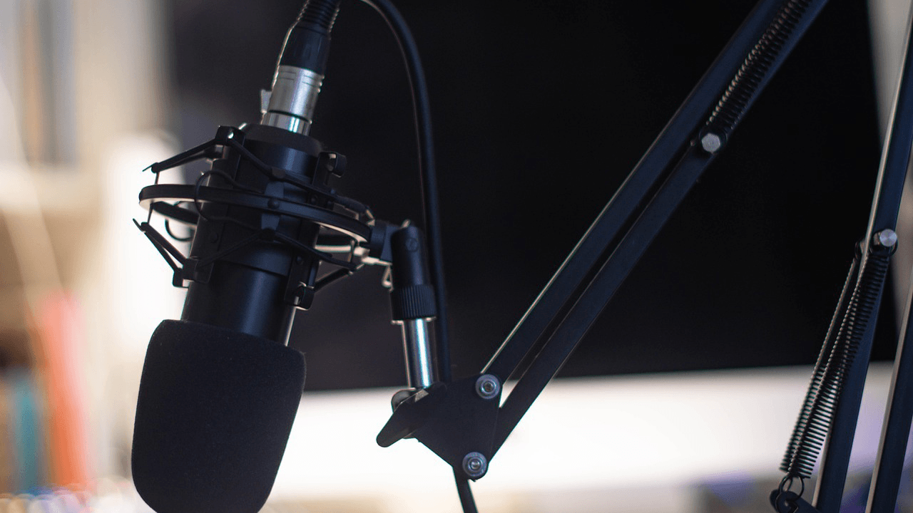 Local Vancouver radio show announces they will soon only play music by vaccinated artists