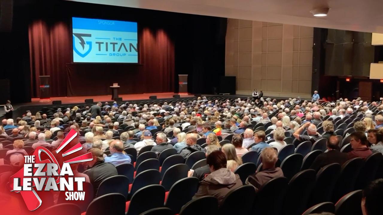 1,500 people gather in Regina to hear a banned speech