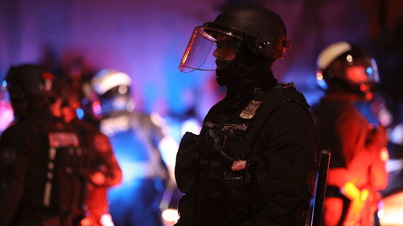 US police forces resigning in record numbers