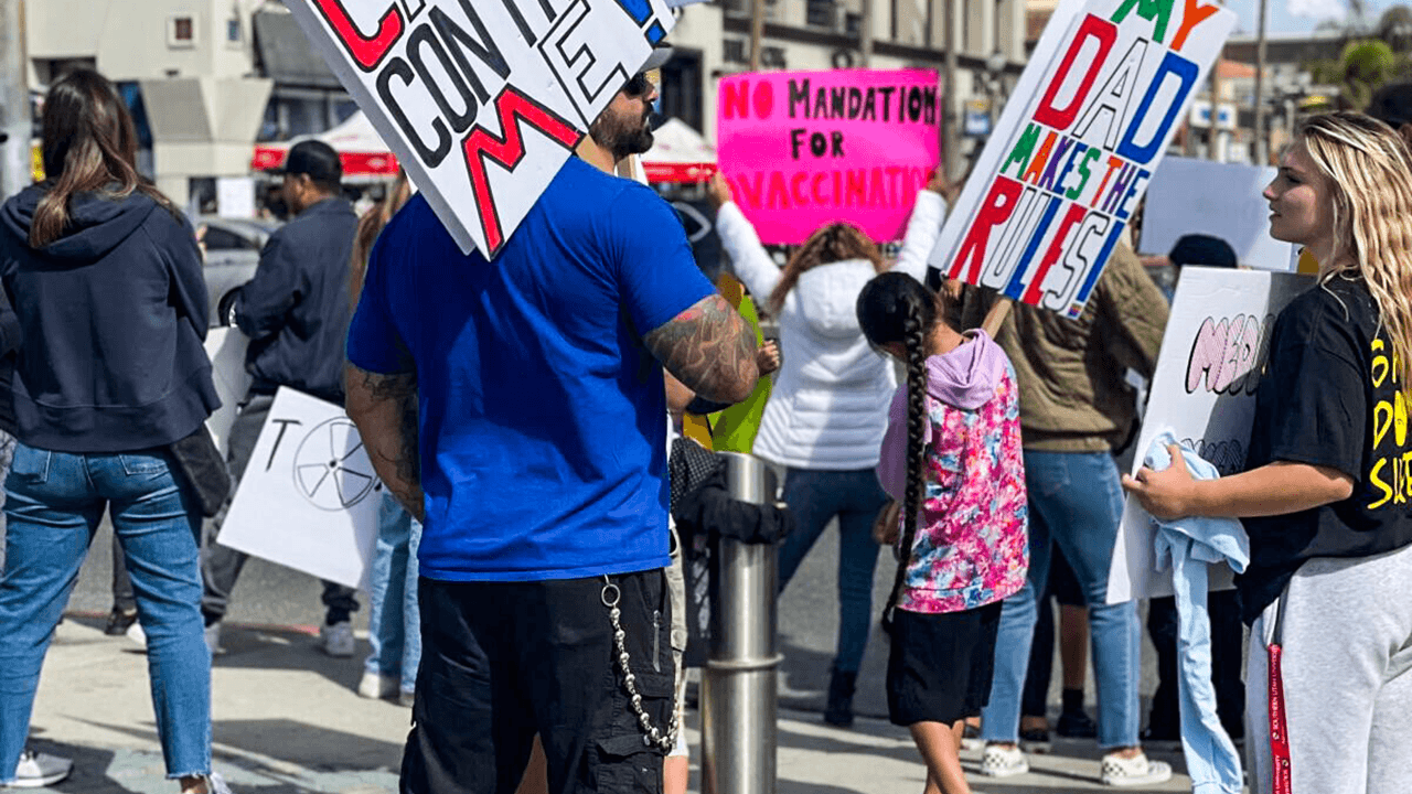 Californian parents and teachers stage state-wide protest over school vaccine mandate