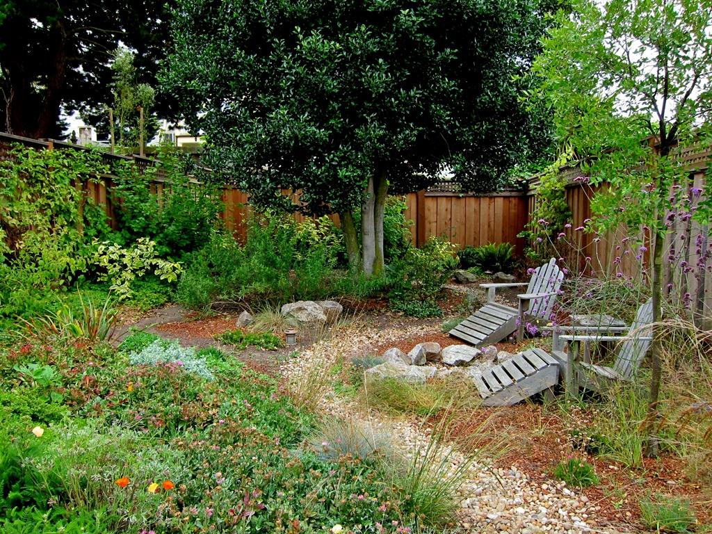 Mariposa_Gardening_After.jpg