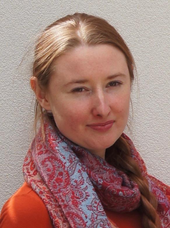 Christina_Oatfield_profile_picture.jpg
