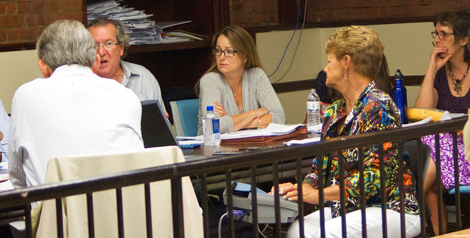 council-meeting.jpg