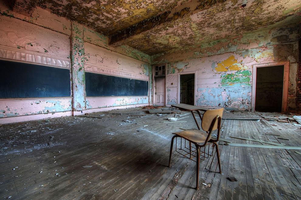 Schools-out-for-summer-schools-out-forever-Abandoned-School-Classroom.jpg