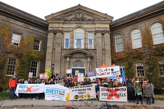 Students gathered in front of the office of the president and governing council