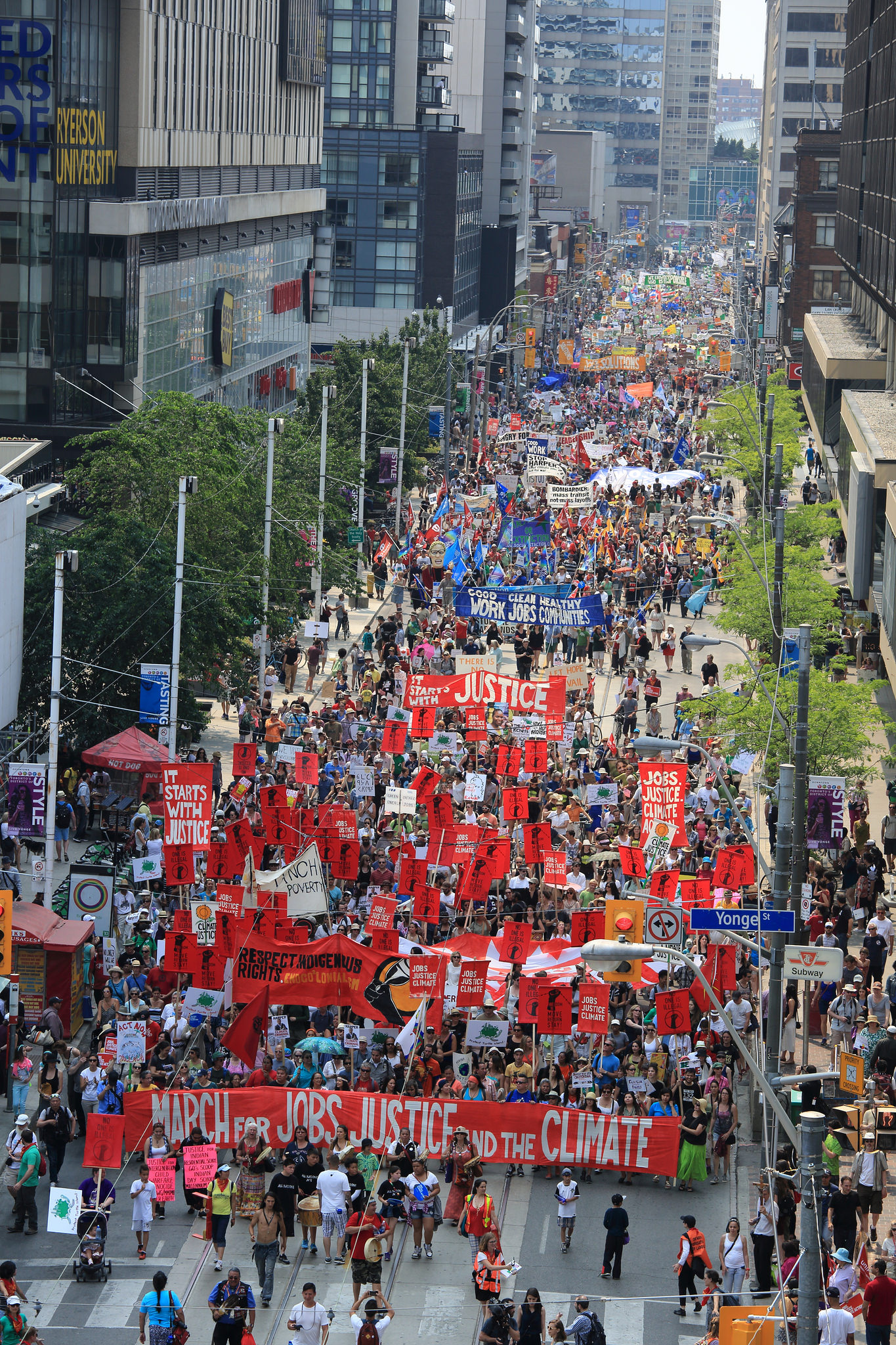 Ariel view of the march