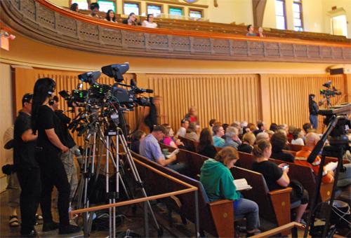 RogersTV sets up for the debate