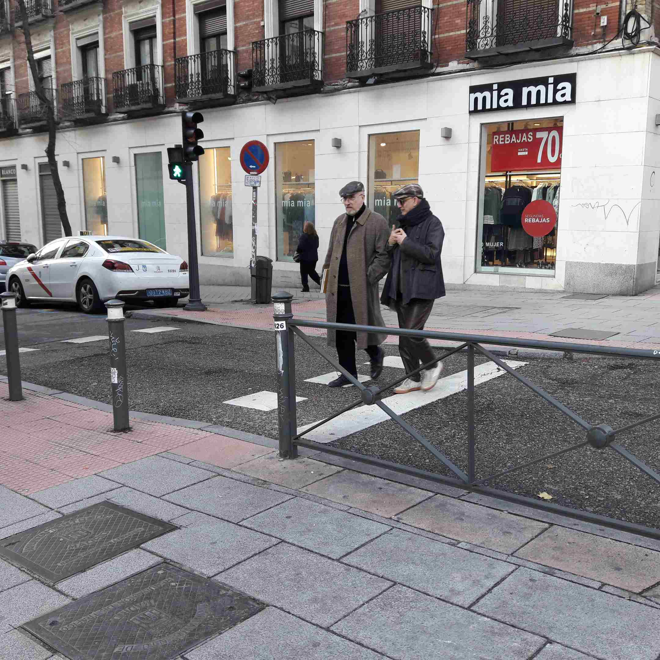 Madrid_crosswalk.jpg