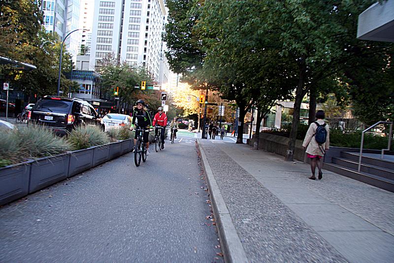 protected_bike_lane.png