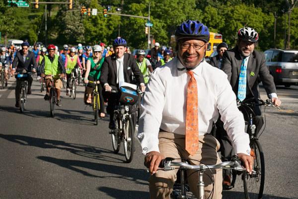 bikecommuting.jpg