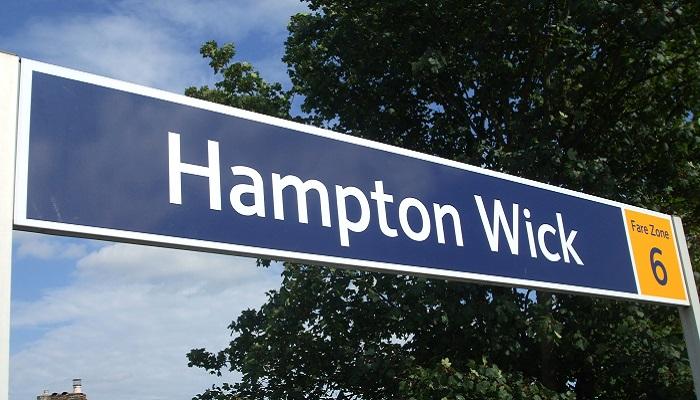 Lifts at Hampton Wick Station