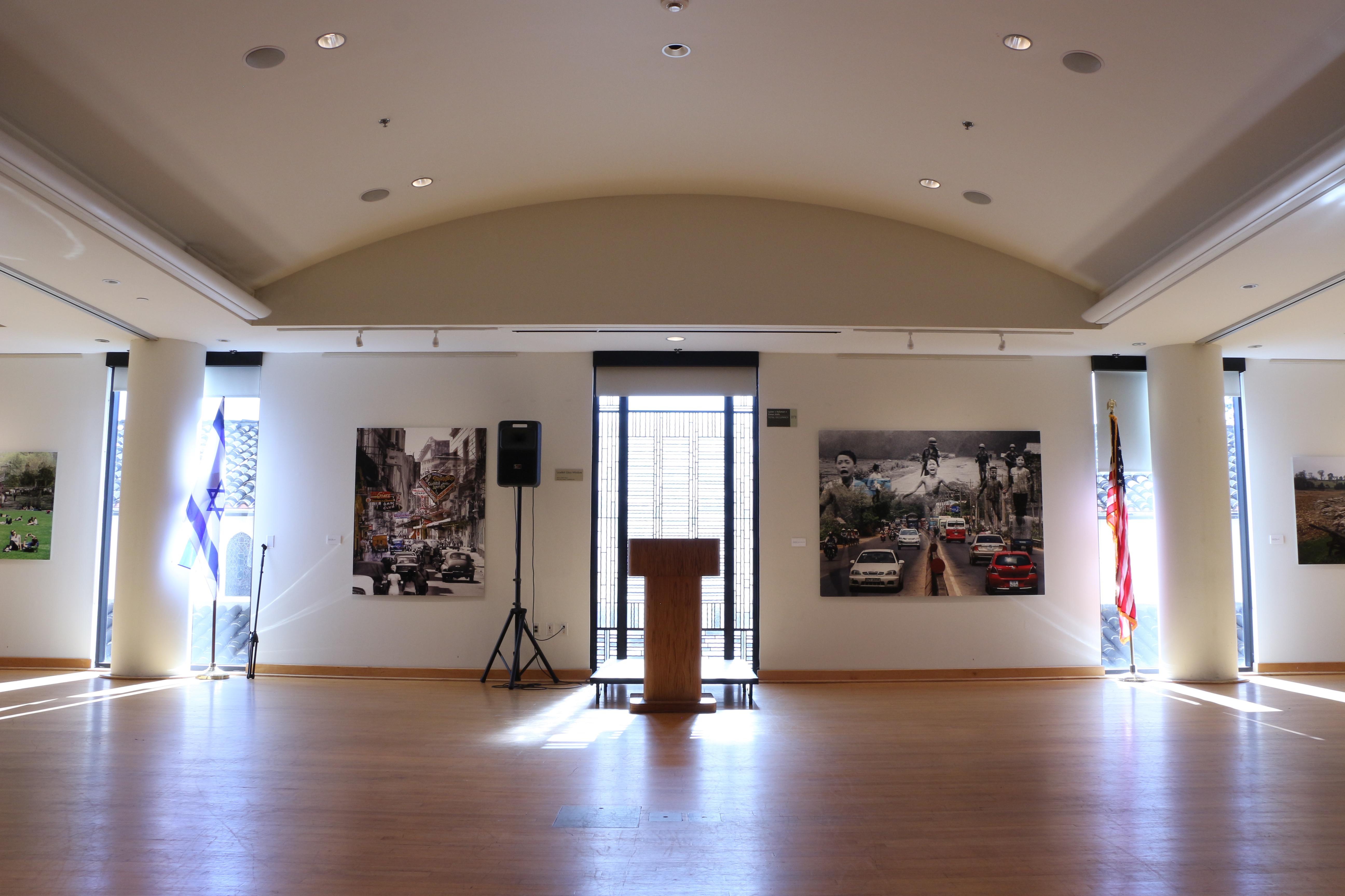 Inside_Spiegel_Auditorium_(Weingartern).jpg