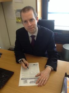 Stalybridge & Hyde MP Jonathan Reynolds signing the petition.
