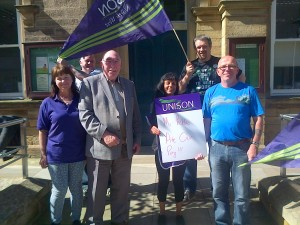Local councillor lends support to picket in Pendle.