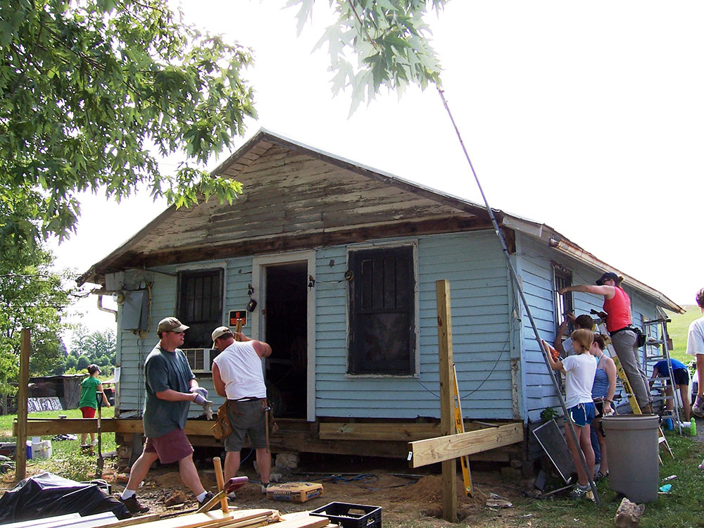 group-working-on-house.jpg
