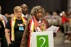General Synod delegate speaks in favor of resolution.