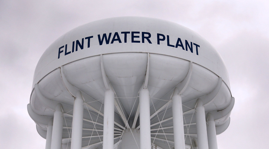 flint_water_tower.jpg