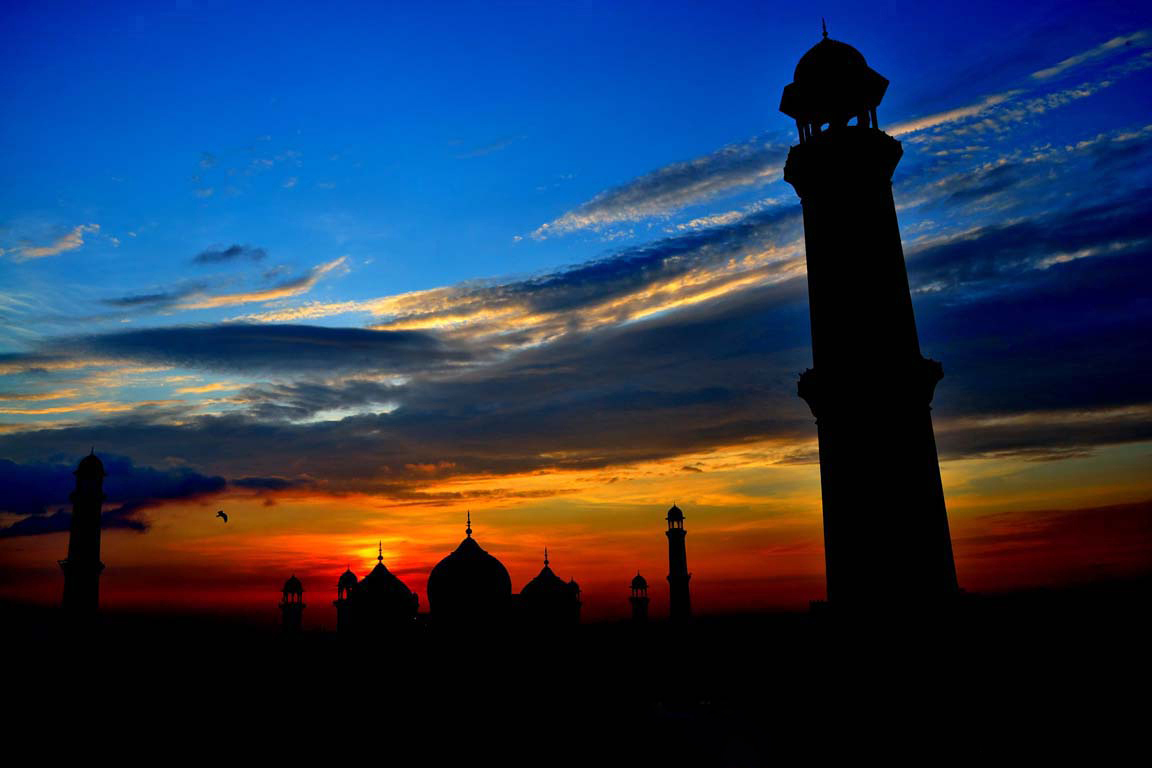 Mosque_Silhouette.jpg