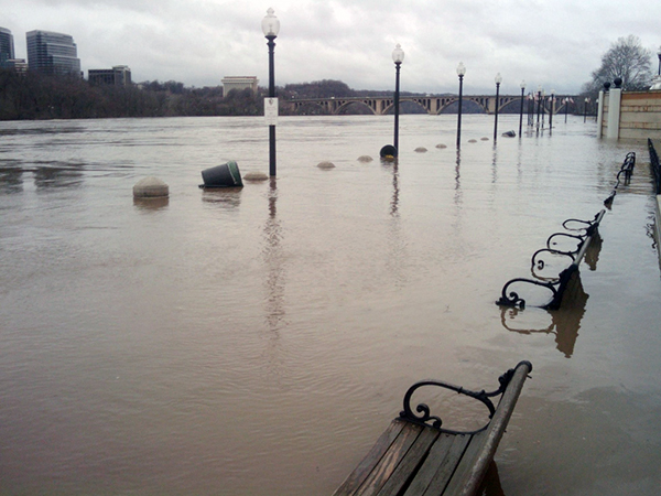 Flooding-600px.jpg