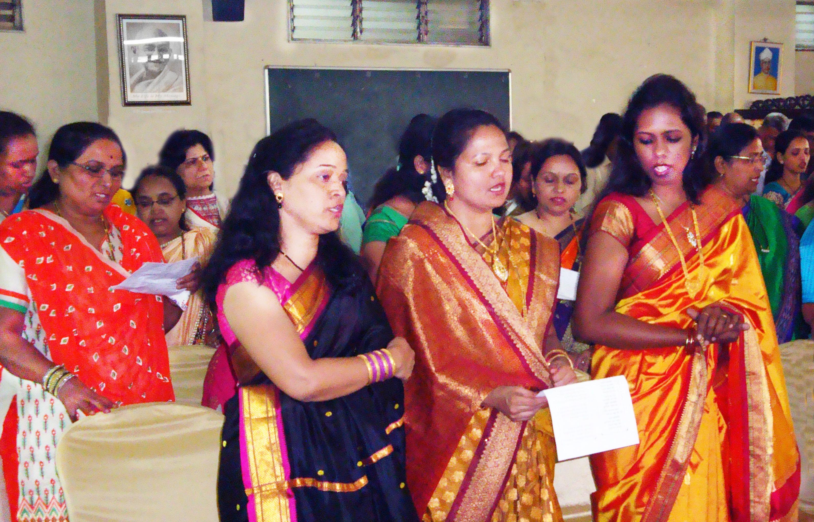 India_Women.jpg