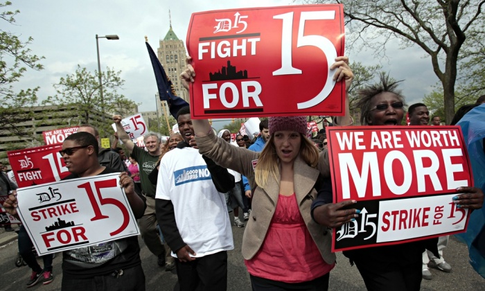 Fight-for-15-minimum-wage-008.jpg