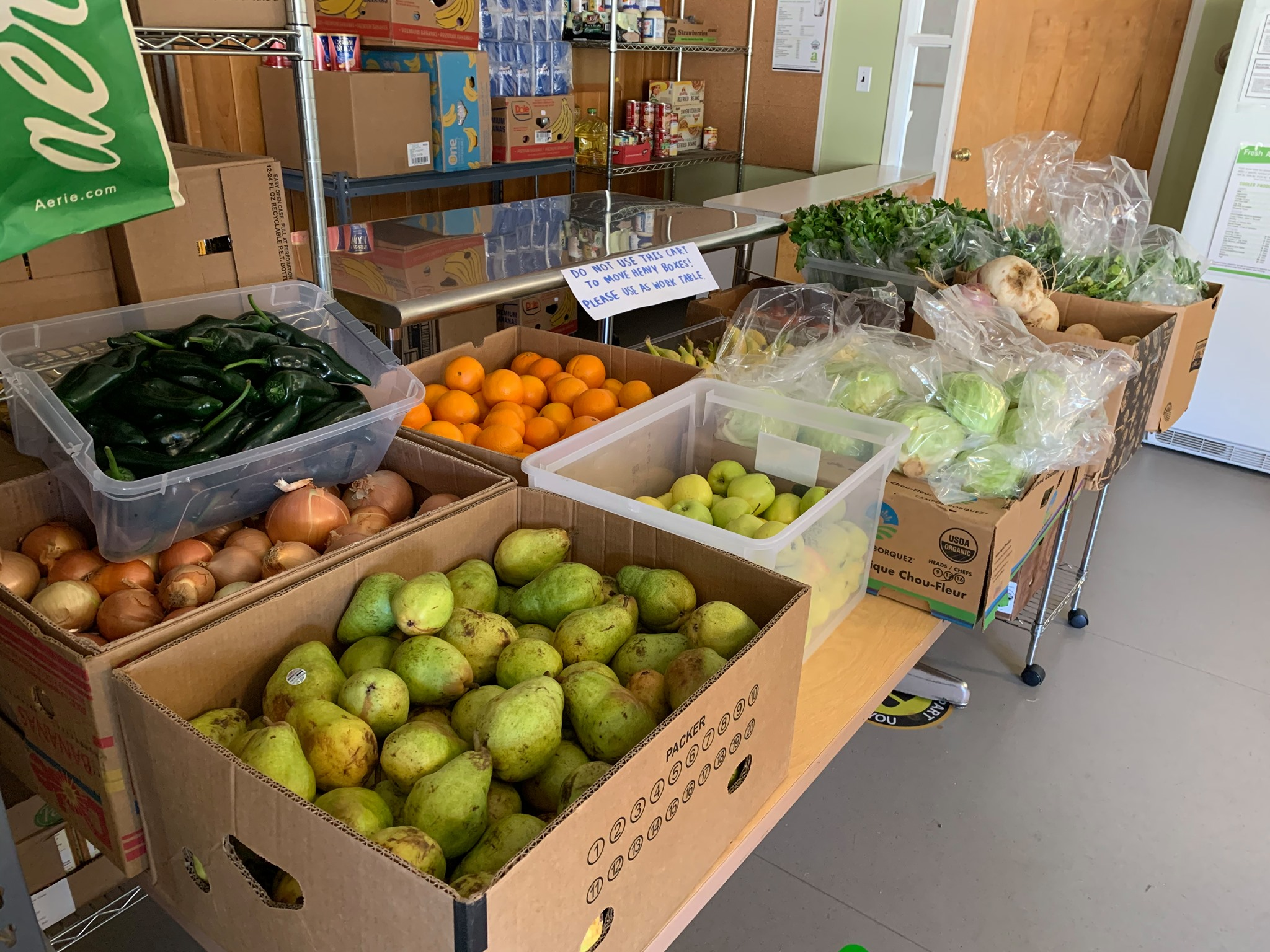 Boxes of produce at UO food pantry.