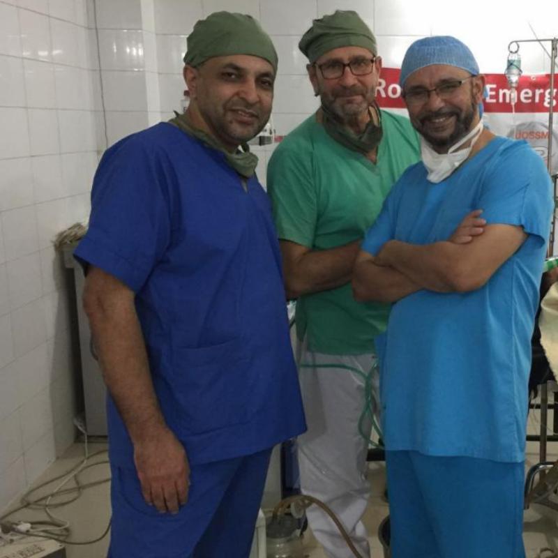 Pr Raphaël Pitti, Dr Ziad Alissa, Dr Zouhair Lahna en mission humanitaire