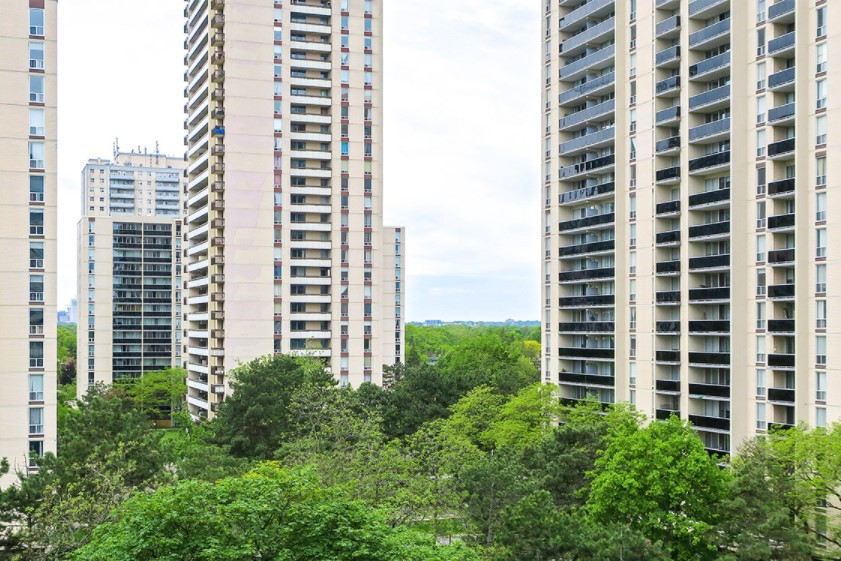 U of T researchers are studying whether Toronto's aging concrete apartment towers, surrounded by green spaces, can play a role in addressing the city's future climate risks and socio-economic challenges (photo by Chris Jongkind/Getty Images)