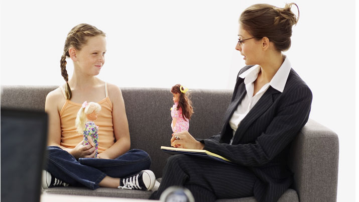 Signs-Child-Therapy-Need-Depression-Behaviour.jpg