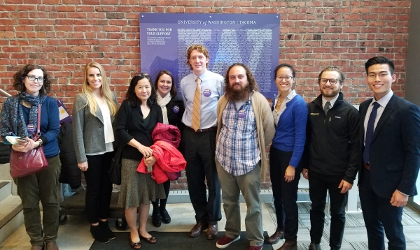 UW Faculty Forward Tacoma members join UW School of Dentistry faculty, students, and alumni in solidarity at a Board of Regents meeting.