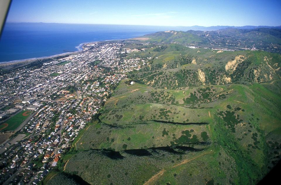 hillsides_aerial2.jpg