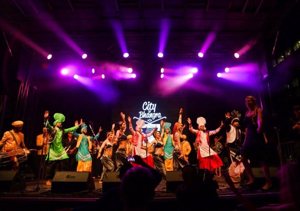 cob2014_stage_friday_night.jpg