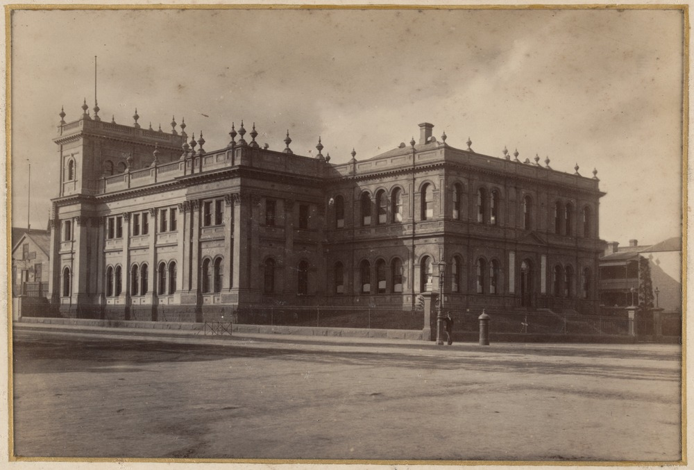 Lygon_and_Victoria_c.1889.jpg