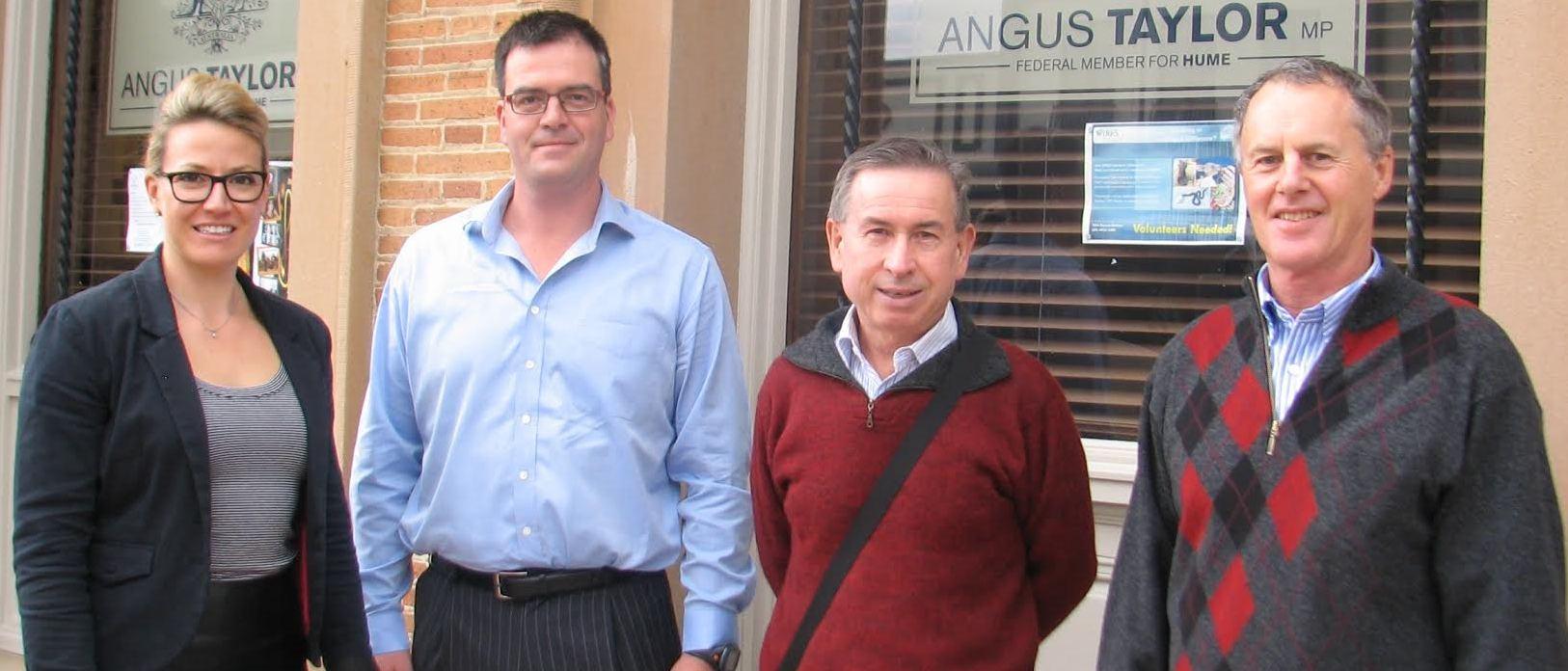 Goulburn_locals_attend_senate_Enquiry_cropped.jpg