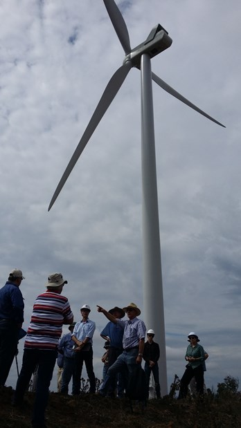 Taralga_Wind_Farm_Charlie_group_small.jpg
