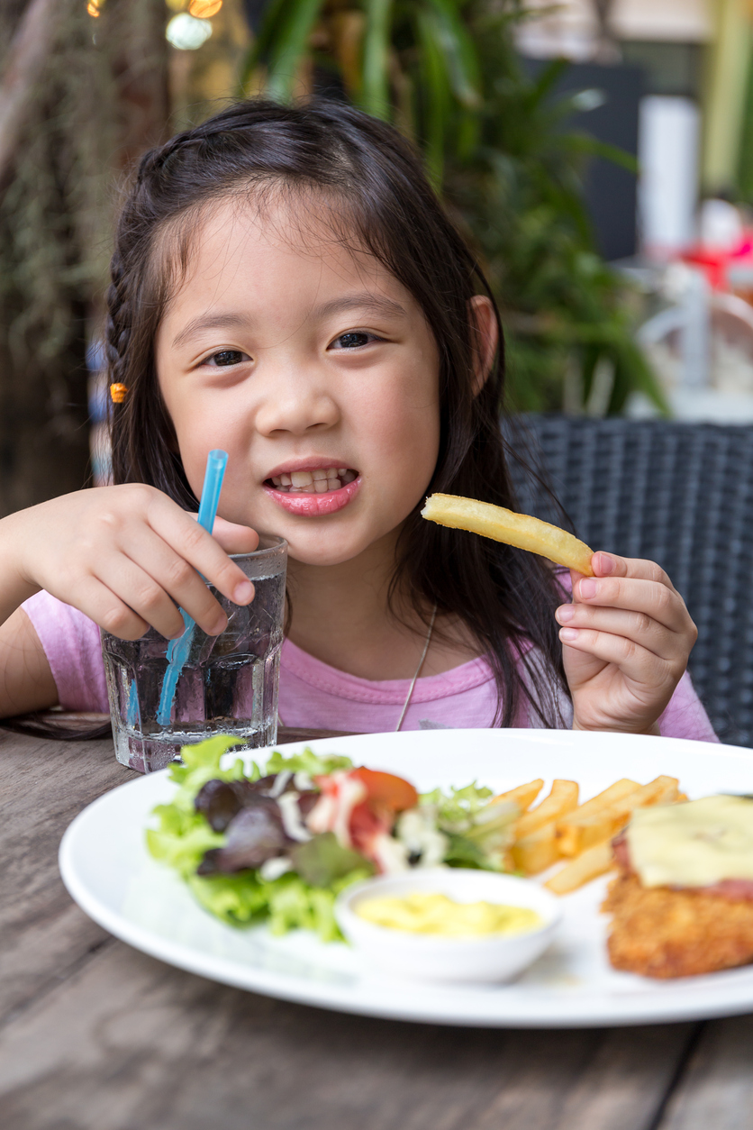 California Governor Signs Bill for Healthier Beverages in Restaurant Kids' Meals
