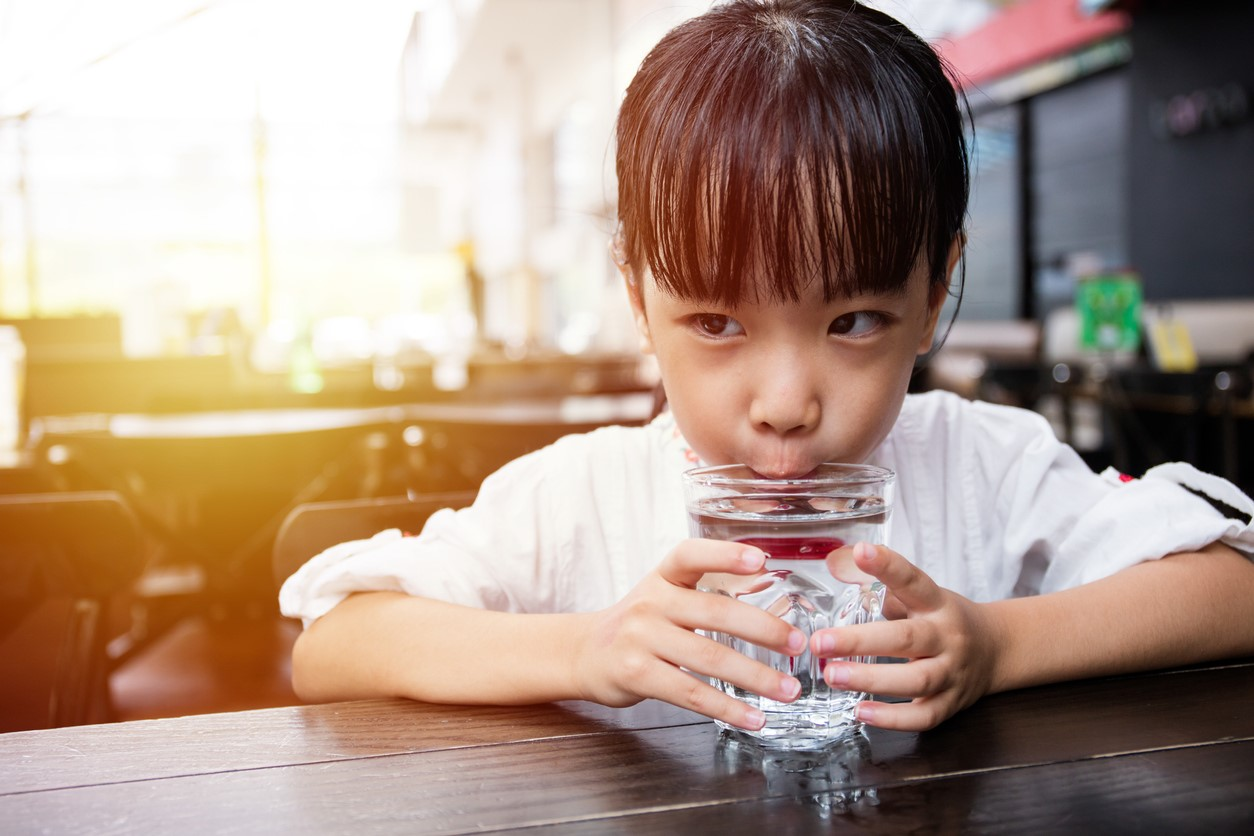 Dining Healthy in the Big Apple: New York City Makes Healthy Drinks the Kids' Menu Default