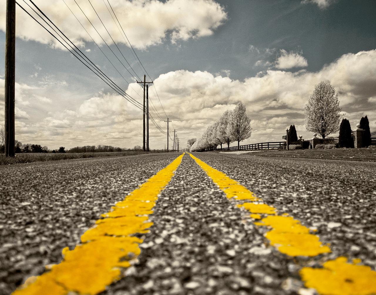 road-166543_1280.jpg