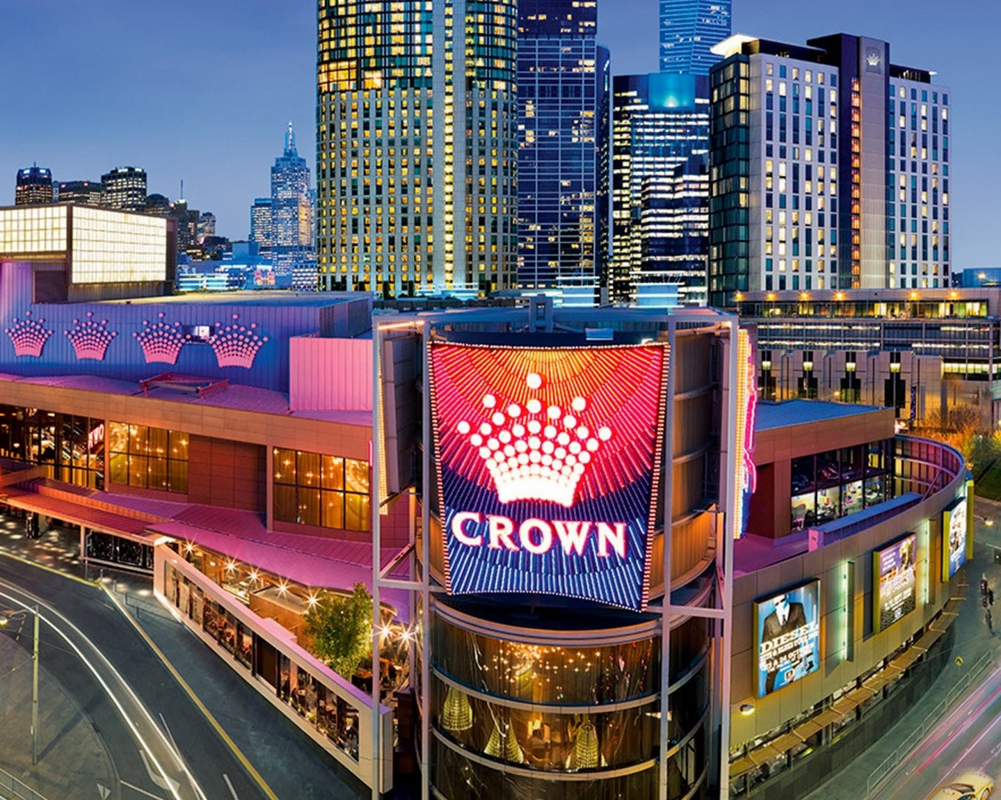 KELVIN'S BLOG: Crown Casinos, like Universities, cashes in on foreign visa free-for-all