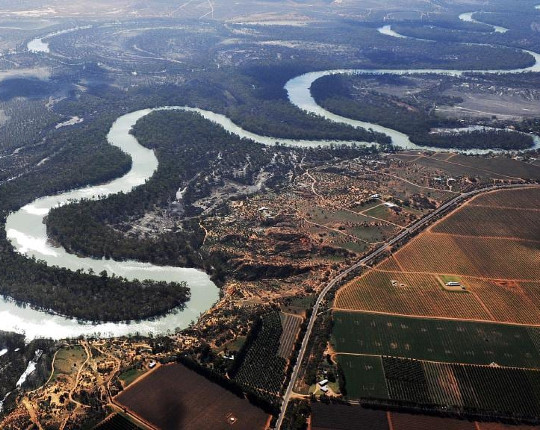 KELVIN'S BLOG: Indigenous groups dudded by Murray-Darling Basin Plan