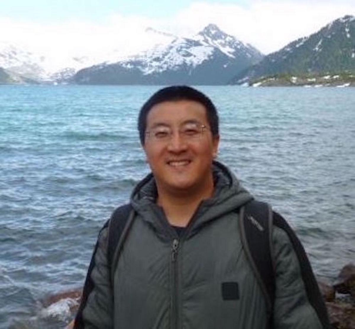 Hongda Jiang