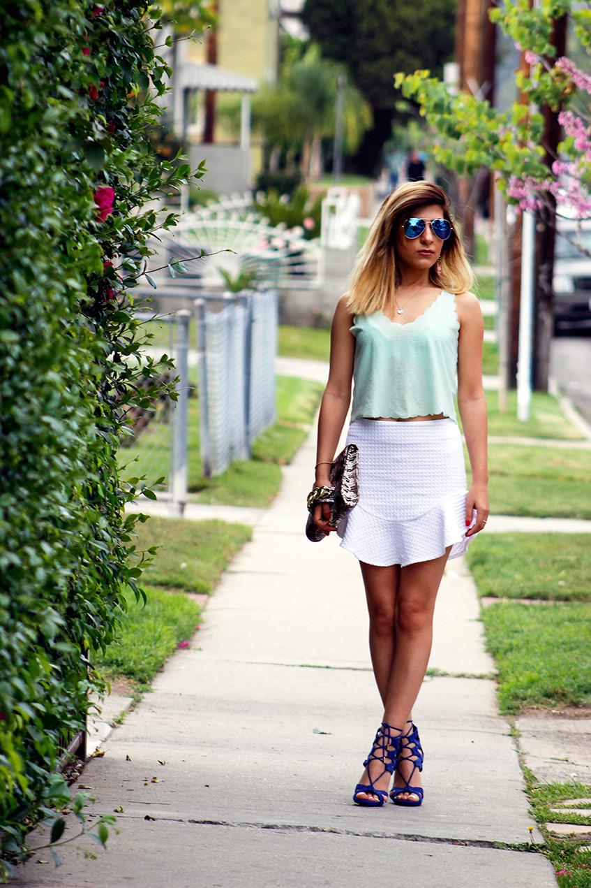 white_skirt1.jpg