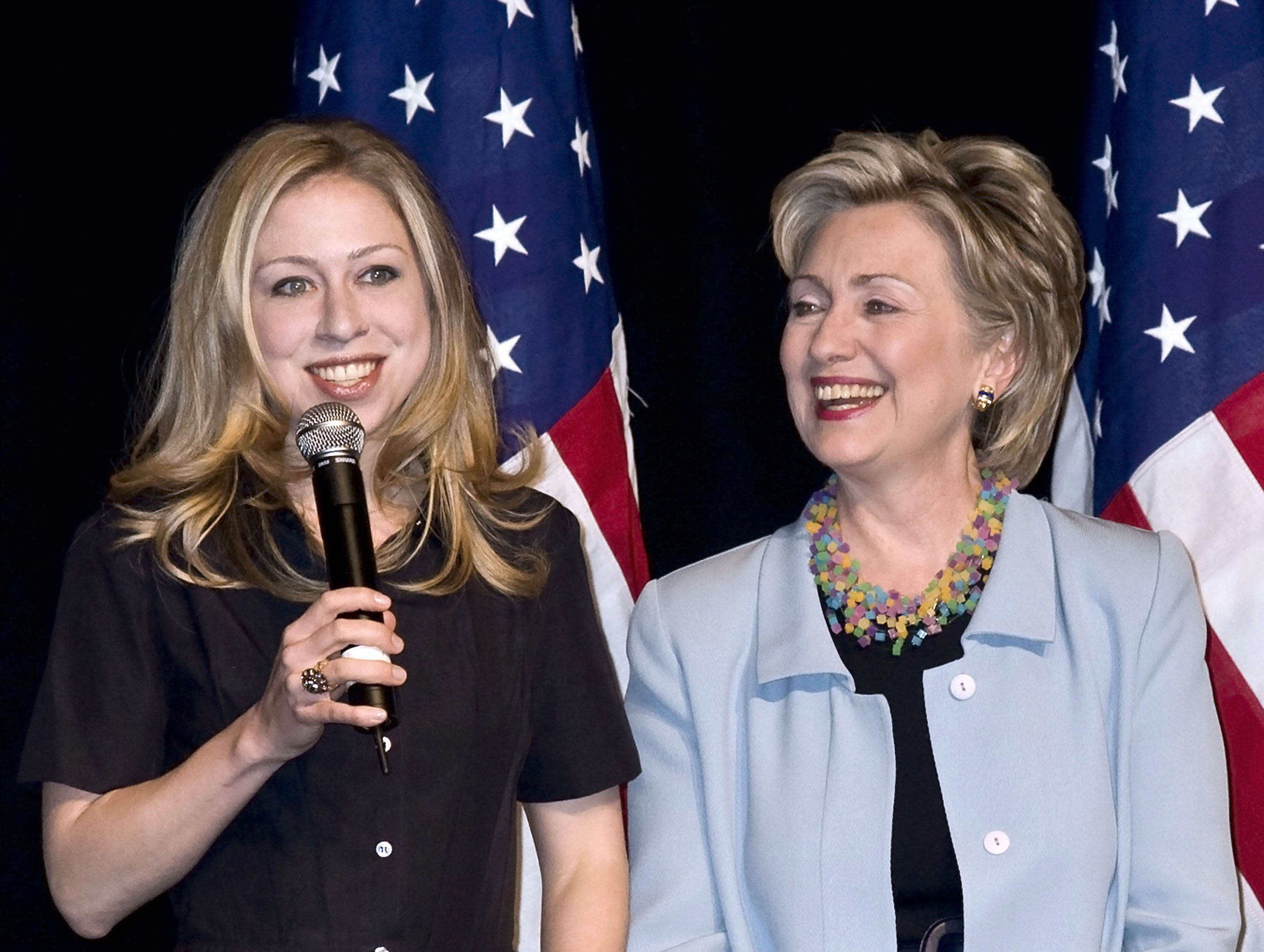 hillary_and_chelsea.jpg