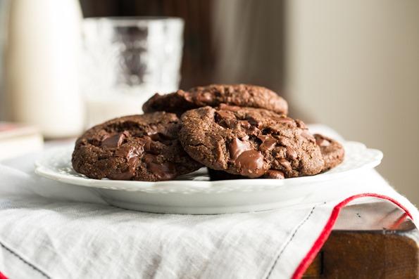 vegandoublechocolatechunkcookies-5816.jpg