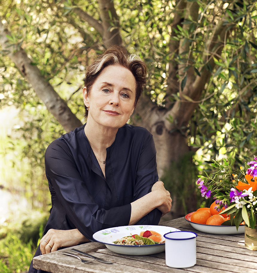 AliceWaters-380sm.jpg