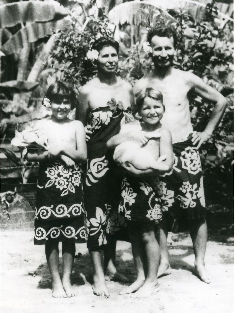 deborah_szekely_tahiti_1930s.jpg