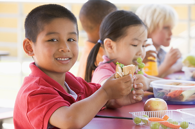 school_lunches.jpg